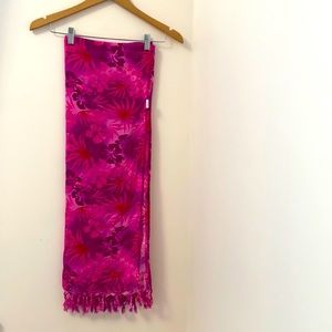Hibiscus Collection Hawaii.Pink sarong.100%Rayon
